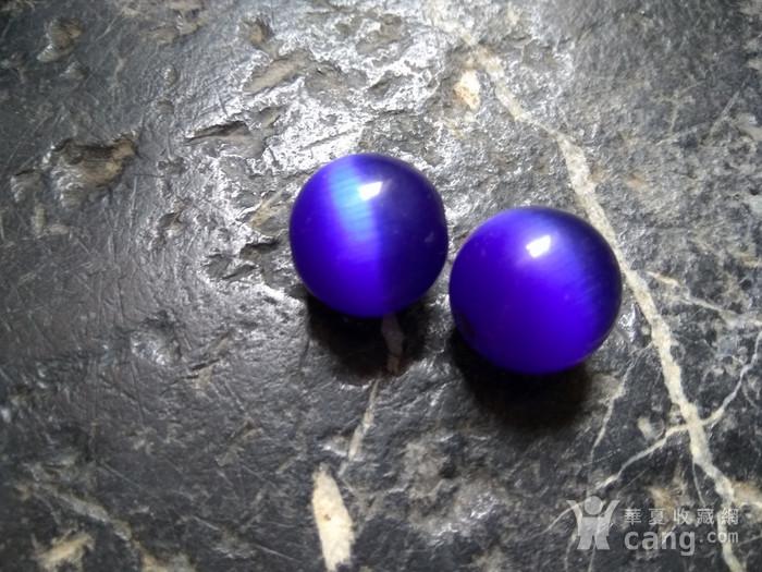 清代 蓝宝猫眼石对珠图2