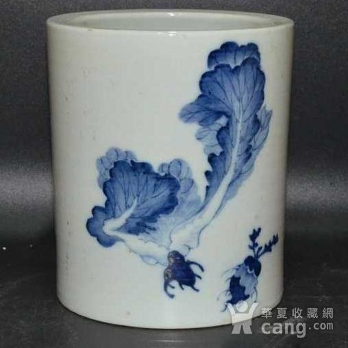英国回流的中国瓷大笔筒青花图1