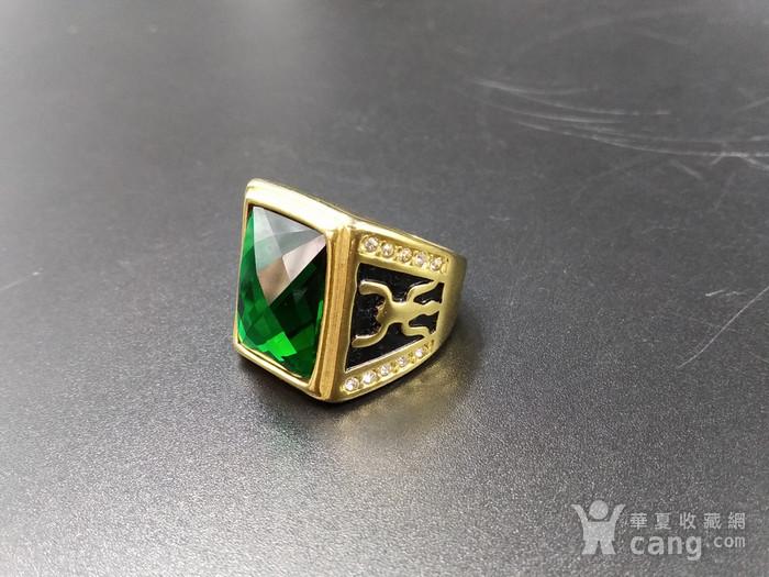 绿宝k金指环图1