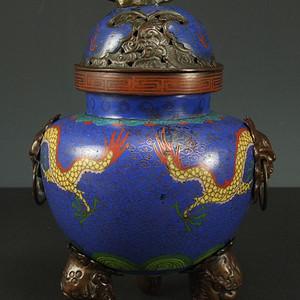 清代铜胎掐丝珐琅精雕瑞兽香炉