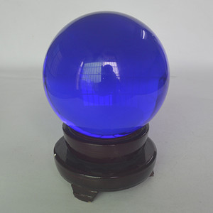 聚财玻璃球