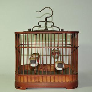 几十年的竹鸟笼一个