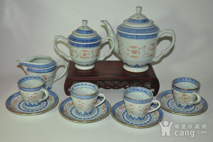 80年代玲珑瓷茶具一套图1