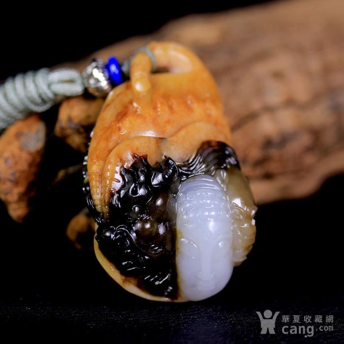 天然正品 苏工油皮巧雕 新疆和田玉籽料白玉吊坠 一念之间图3