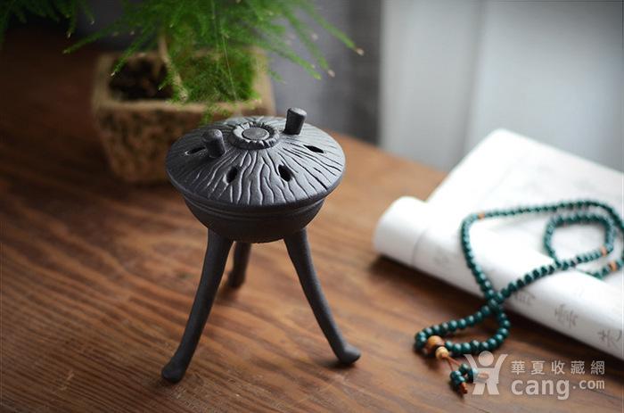 陶瓷佛具摆件 三足香炉图1