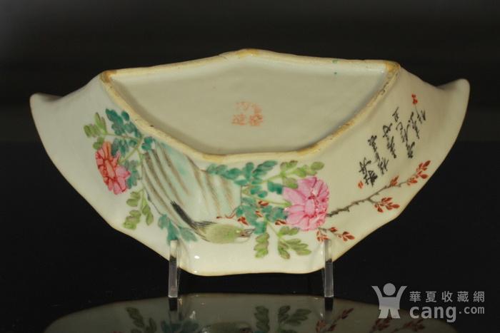清代粉彩角碗海棠碗三个图6