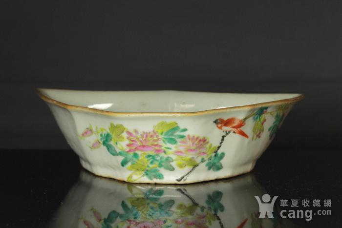 清代粉彩角碗海棠碗三个图7