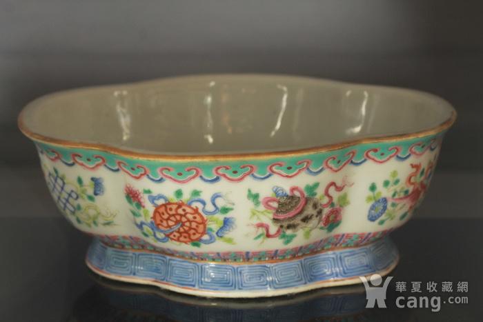清代粉彩角碗海棠碗三个图10