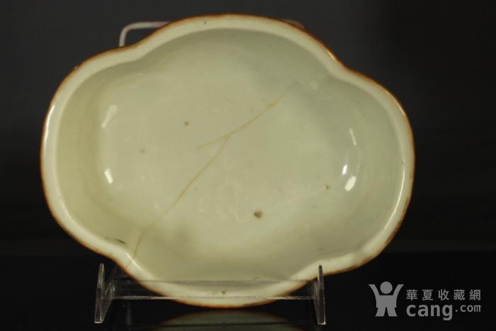 清代粉彩角碗海棠碗三个图11
