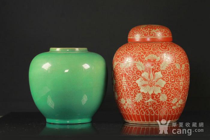 晚清民国粉彩和单色釉罐两个图1