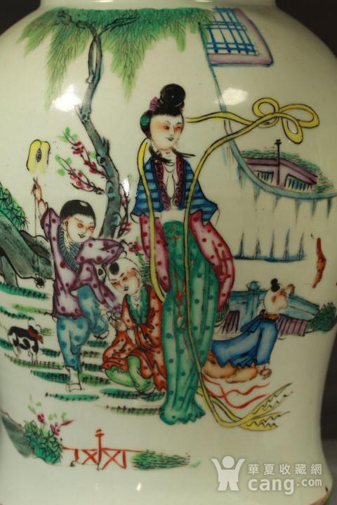 民国粉彩三娘教子纹将军罐近似一对图4