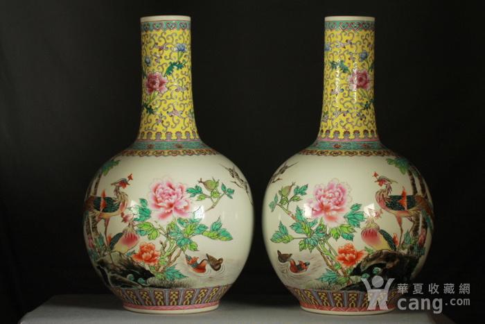 民国粉彩富贵花鸟纹天球瓶一对 43公分高图4
