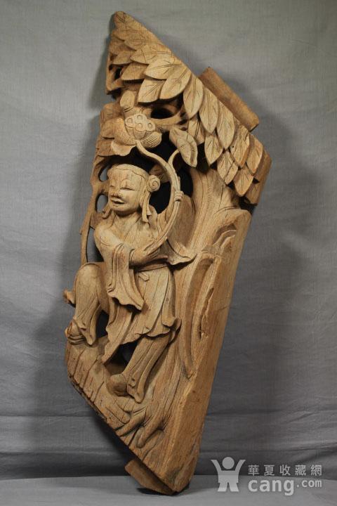 清代持莲童子大木雕 85厘米图3
