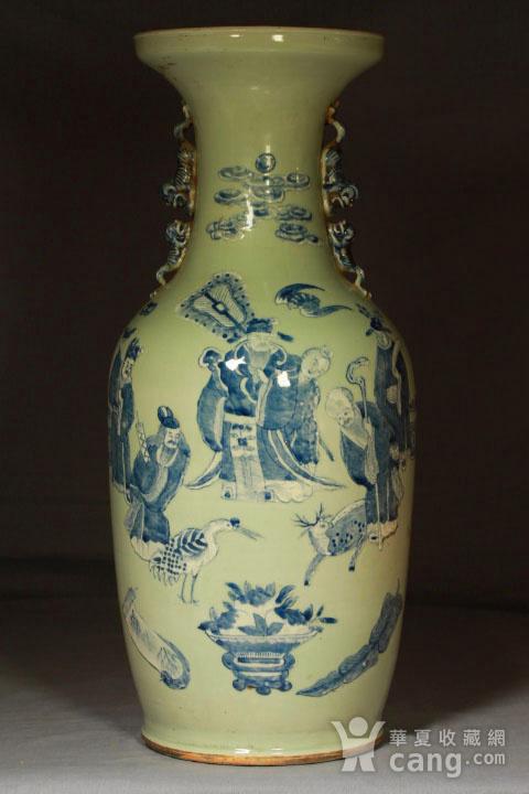 清代细路豆青堆白300件福禄寿喜财纹瓶图2