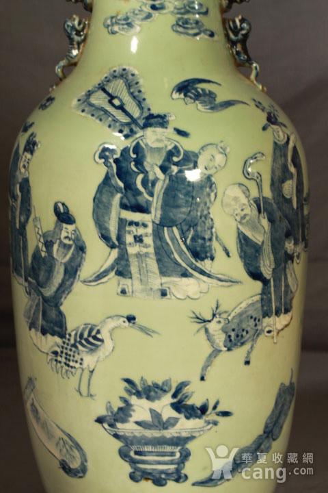清代细路豆青堆白300件福禄寿喜财纹瓶图3
