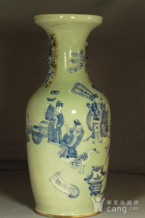 清代细路豆青堆白300件福禄寿喜财纹瓶图6