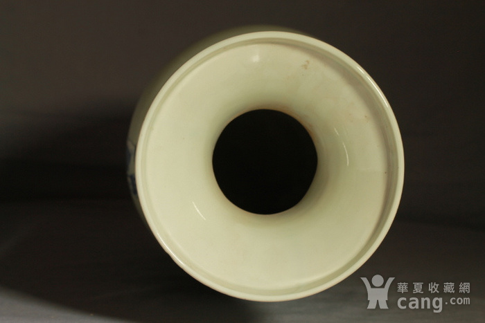 清代细路豆青堆白300件福禄寿喜财纹瓶图10