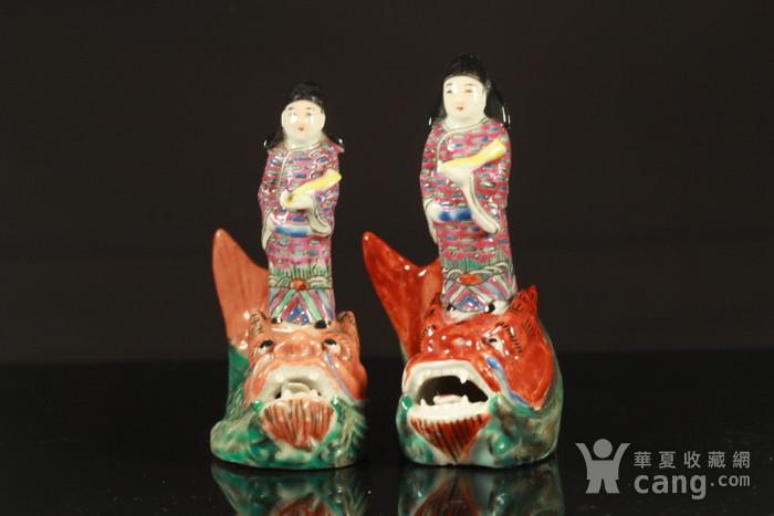 清代琴高乘鲤纹瓷塑两个图12