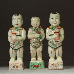 清代红绿彩招财童子三个