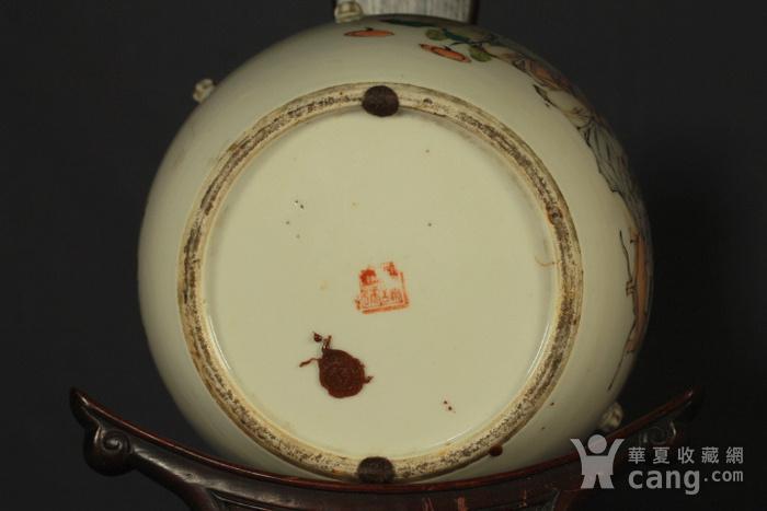 清代杨紫卿浅绛彩人物纹盖罐图10