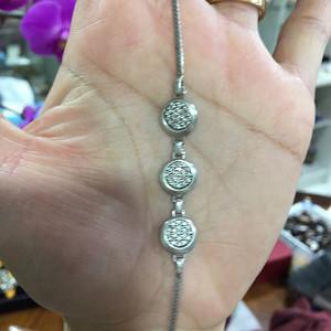 8135欧洲回流银嵌水晶手链