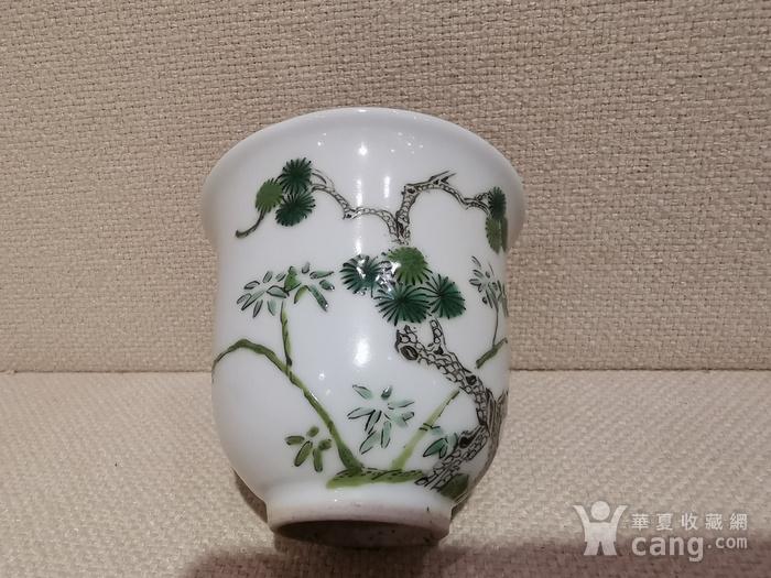 清.五彩花卉杯图6