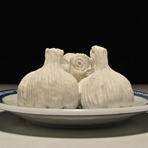 寿山瓷白芙蓉石 蒜头 摆件