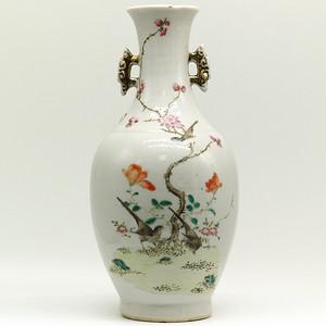 民国 1925  粉彩花鸟纹双耳瓶