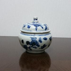 元或明早期青花花卉纹盖罐