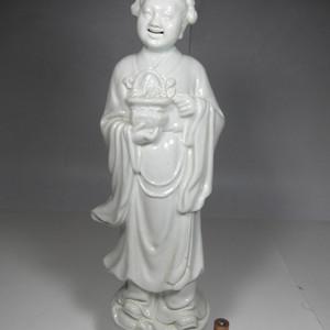 精品大中华瓷厂出品白釉人物瓷塑