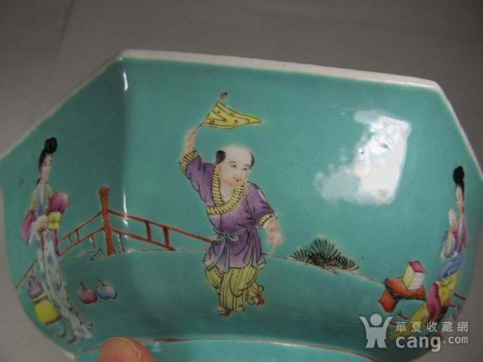 民国松石绿釉粉彩人物八方特大碗图10