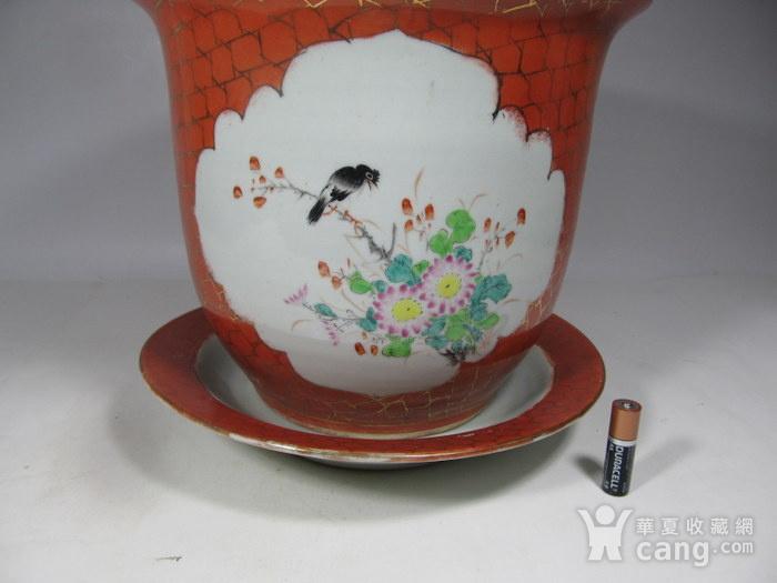 民国珊瑚红地开光花鸟纹花盆图4