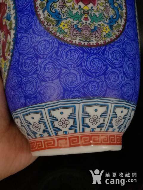 珐琅彩花卉纹瓶图7