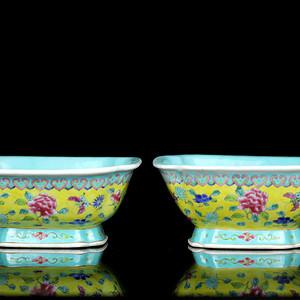 37民国粉彩花卉纹四方倭角碗一对
