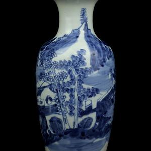 47清青花山水人物纹观音瓶
