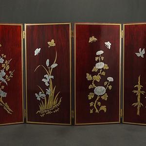 硬木镶嵌烫金银四季花鸟 屏见