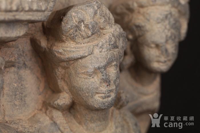 公元1 3世纪健陀罗石雕组像图5
