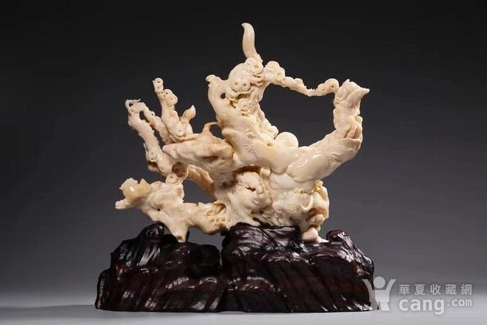 白珊瑚精雕太狮少狮摆件图2