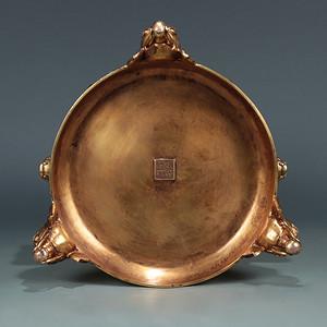 清精铸铜胎鎏金象足筒式熏炉