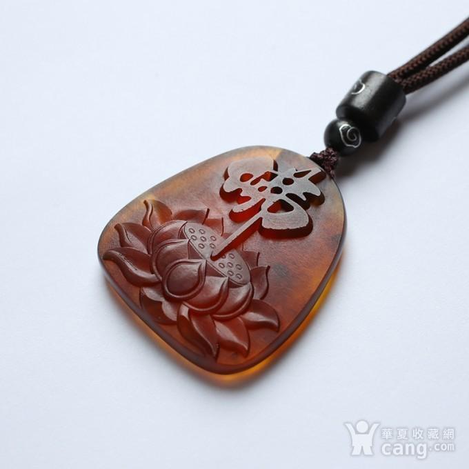 棕红缅甸琥珀佛字莲花吊坠 22KQ08图2