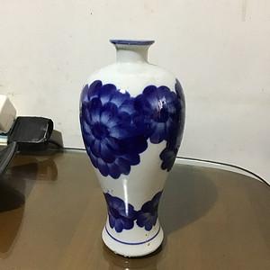 日本回流的陪陵瓷花瓶
