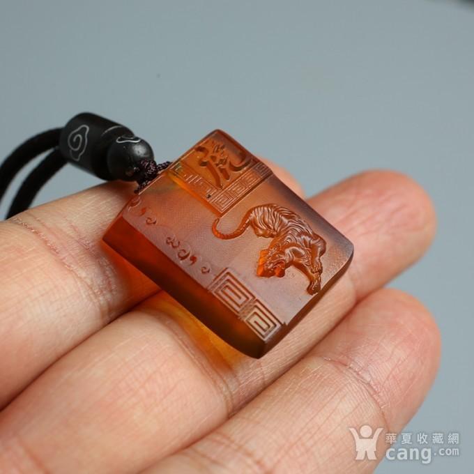 棕红缅甸琥珀生肖虎吊坠 22KQ04图9