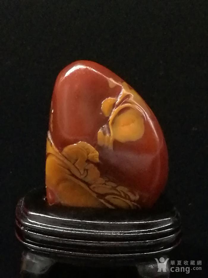 寿山石田黄石薄意浮雕摆件6 石质温润 萝卜纹隐隐可见图2