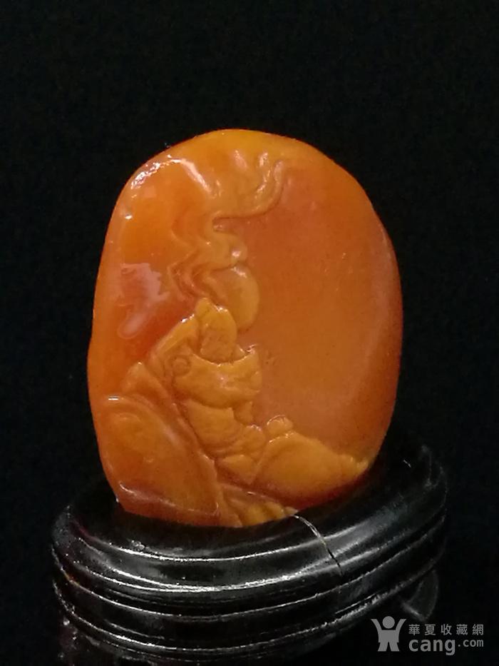 寿山石田黄石薄意浮雕摆件888 石质温润 萝卜纹隐隐可见图3