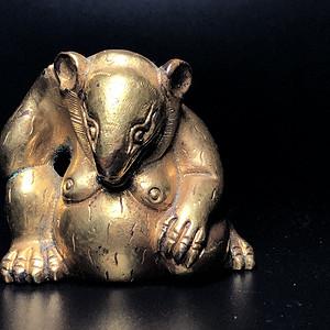 珍贵回流 旧藏铜鎏金熊镇纸