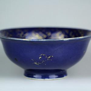 14清霁蓝釉描金撇口碗