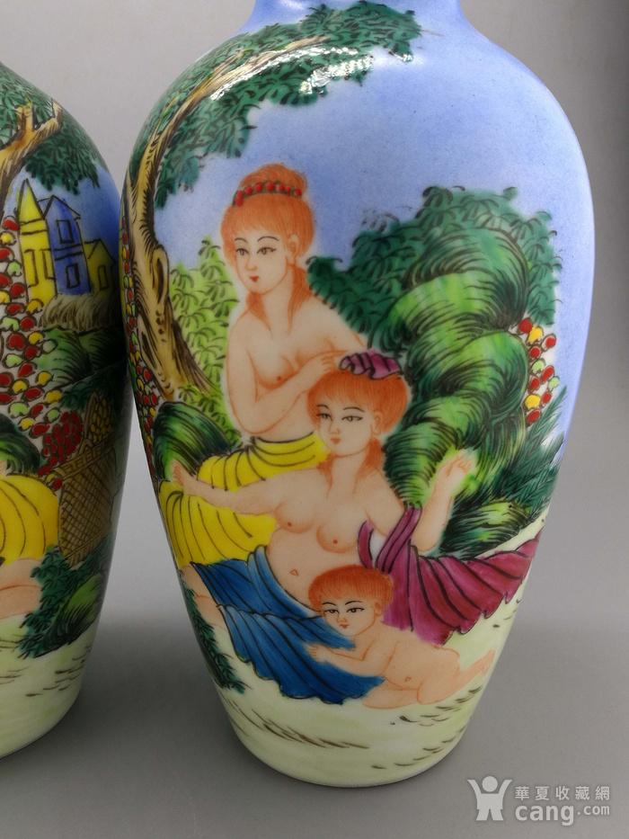 外销瓷珐琅彩西洋人物纹瓶一对图6