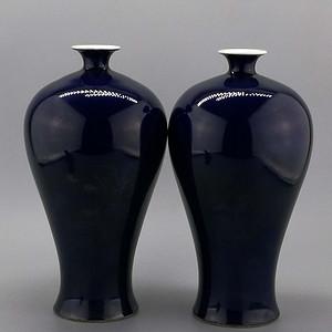 单色釉霁蓝釉梅瓶一对