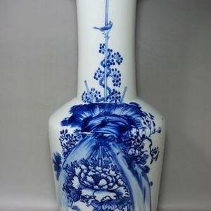 民国青花,花鸟双面绘画棒槌瓶
