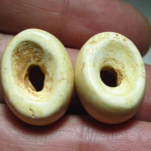 开门到代 战汉时期 鸡骨白玉 扁橄榄珠 一对 包浆老道